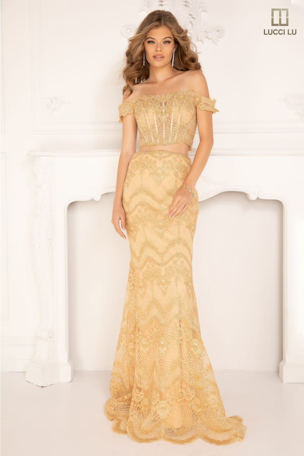 Plunging neckline front and back, beading, patterned skirt, mermaid Plunging neckline front and back, beading, patterned skirt, mermaid